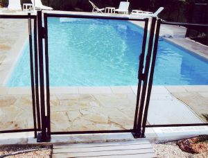 PORTILLON AUTOMATIQUE CLOTURE FILETS PISCINE